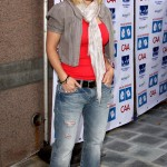 Jennie Garth Wears Anoname Denim!