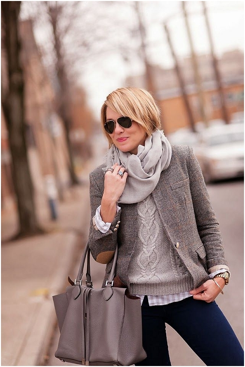 pretty lady blogger woman