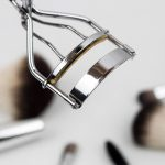 5 Eyelash Curlers That Won't Gather Dust in Your Bag