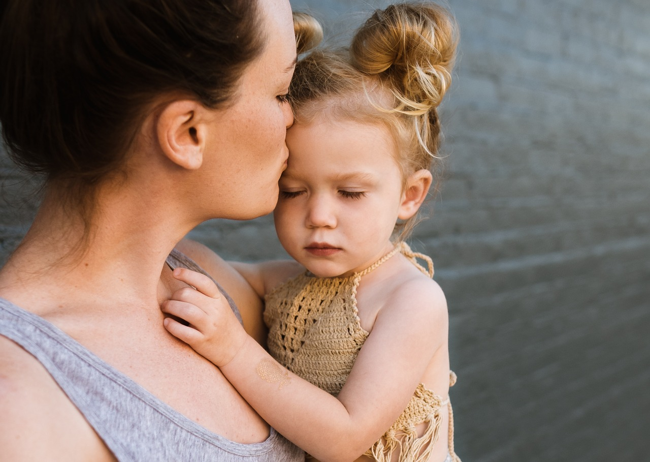 Tips For Single Mothers On Managing And Settling Debts