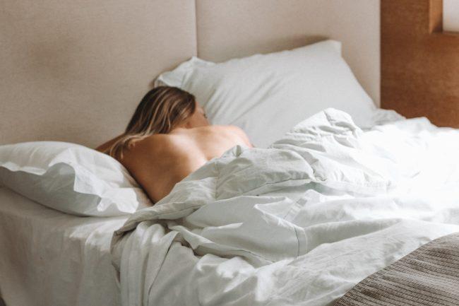 Solo husband blindfolded hugh sex